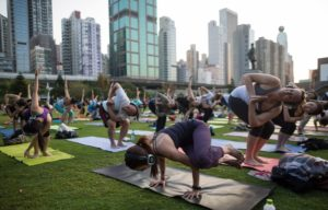 silent yoga in the city