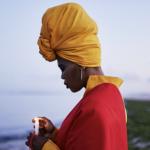 Lhola Amira presents Abalozi Bayeza/Os Deuses Estão Chegando