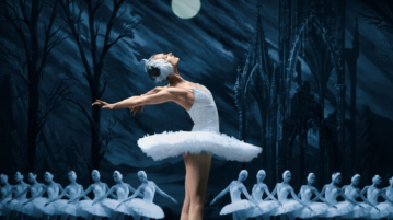 Swan Lake | St Petersburg Ballet